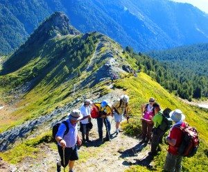 Hiking_at_highest_peak_
