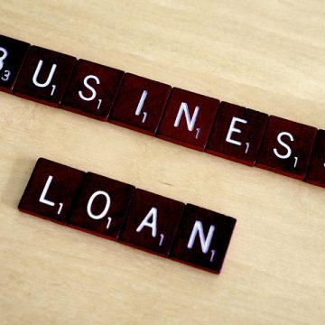 Lending to businesses decreased in January 2016