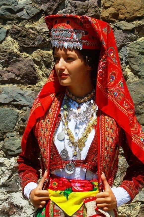 Mirdita traditional costume