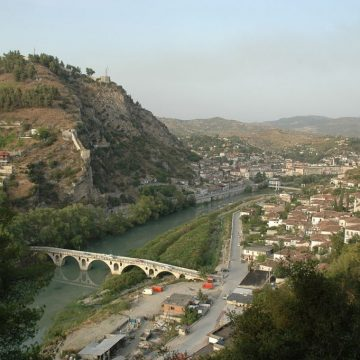 Let's Clean up Berat, Three-day Action Against Waste in Osumi River