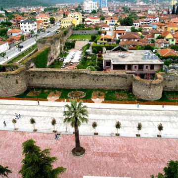 Elbasan and Croatian Osijek city arrange twinning of cities