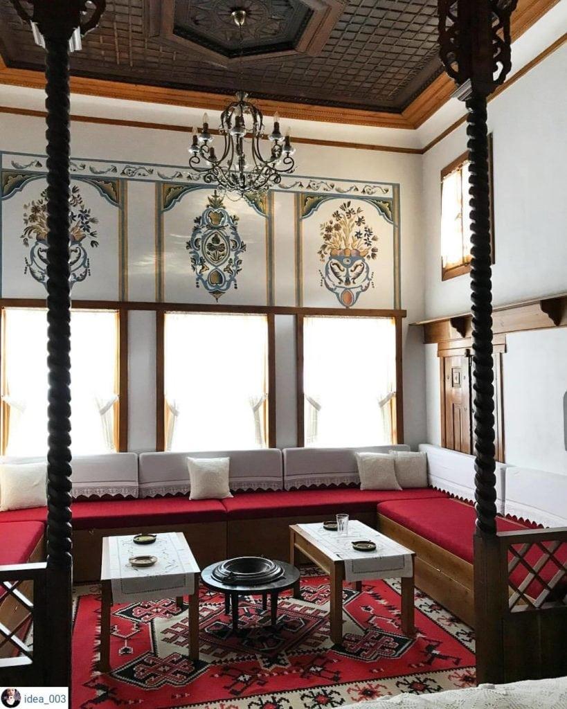 Gjirokastra House
