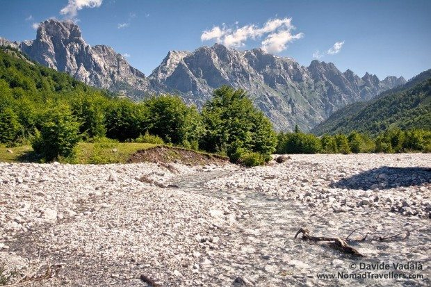 IMGP0700h-hiking-albania-thethi-valbona-fill-620x413