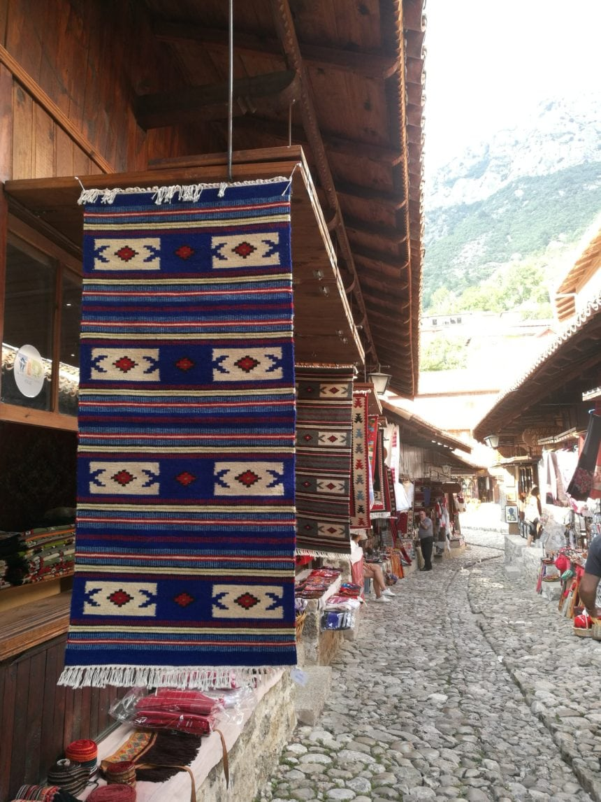 Govt Grants National Chamber of Handicraft Lek 35.5mln
