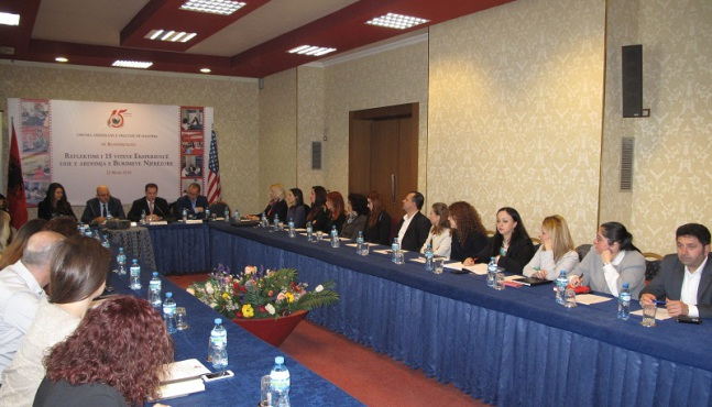 American chamber of commerce helds a conference for its for American chambre of commerce