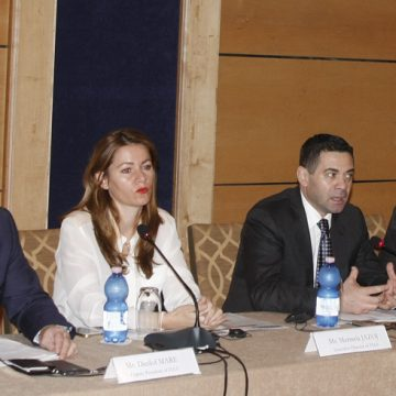 """Foreign Investors Association of Albania issues """"Business Climate 2015"""" report"""