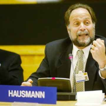Hausmann: Albanian economy not to focus only in exports