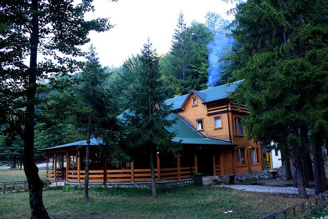 Valbona Hostel