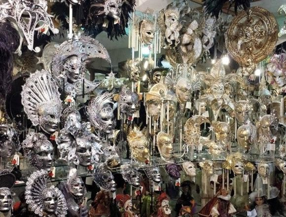 Shkodra Factory Supplies Venice Carnival with Handmade Venetian Masks