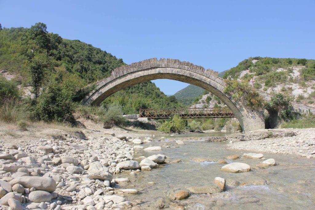Vokopola bridge