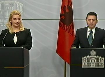 Minister of Economy and Serbian Minister of Transports meet in Tirana