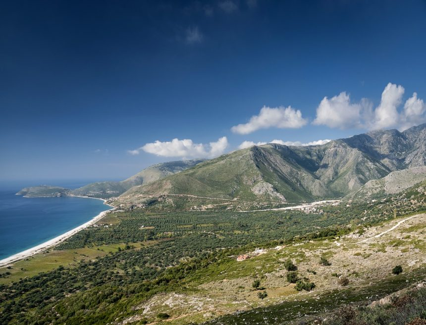 Boursorama and France Info: Albania is Worth Visiting this Summer