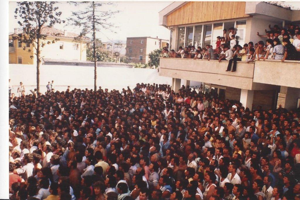 Albania 2 July 1990