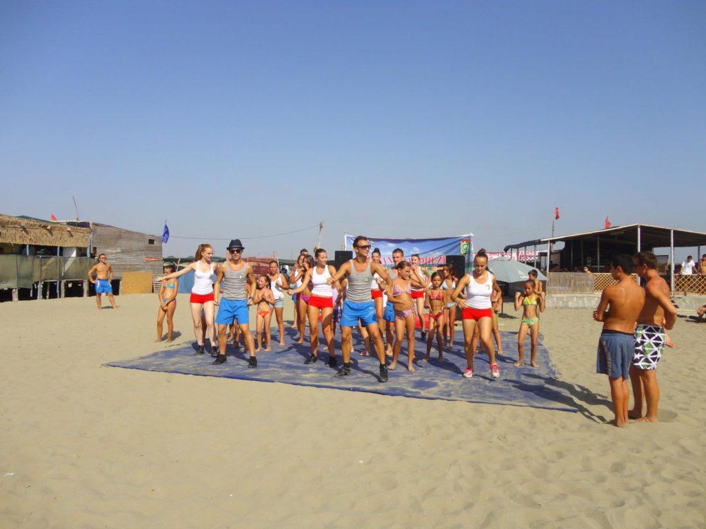 darezeza beach
