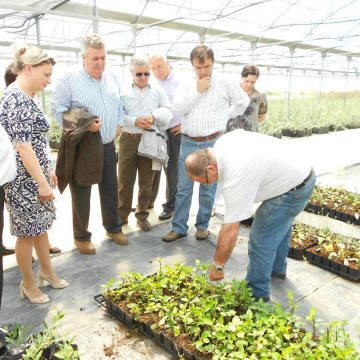 Israeli agriculture experts provide help and support for Albanian farmers