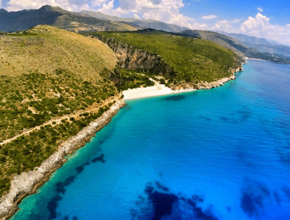 Albania, a Tempting and Cheap Destination for Spanish Tourists