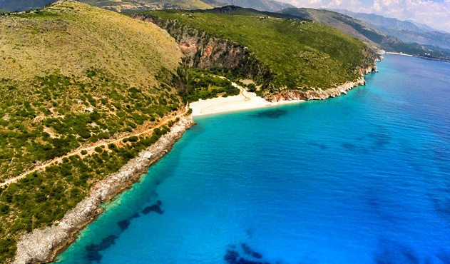 Tourism industry to contribute by ALL 17 billion in Albania's GDP ...