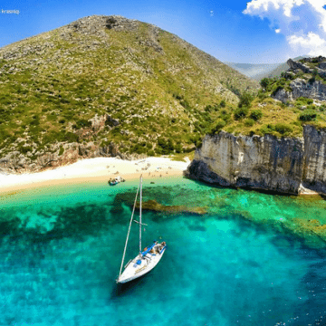 Tourist Numbers Up, but Albanian Tourism Sector Must Do More