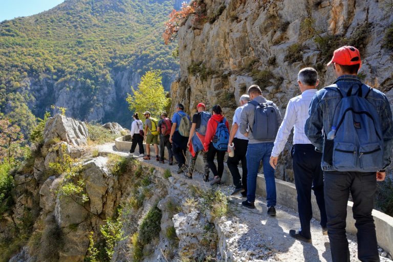 USAID Trains and Certifies 30 Tourist Guides in Dibra