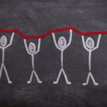 AMU's Coronavirus Survey: 70% of Companies Considering Layoffs