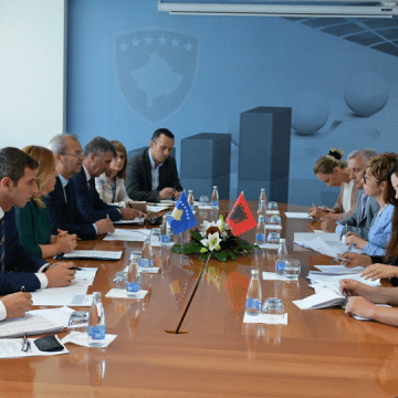 Kosovo and Albania Discuss Elimination of Trade Barriers