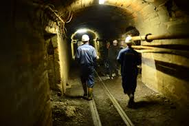 Revocation of permissions for 90 subjects in the mining sector