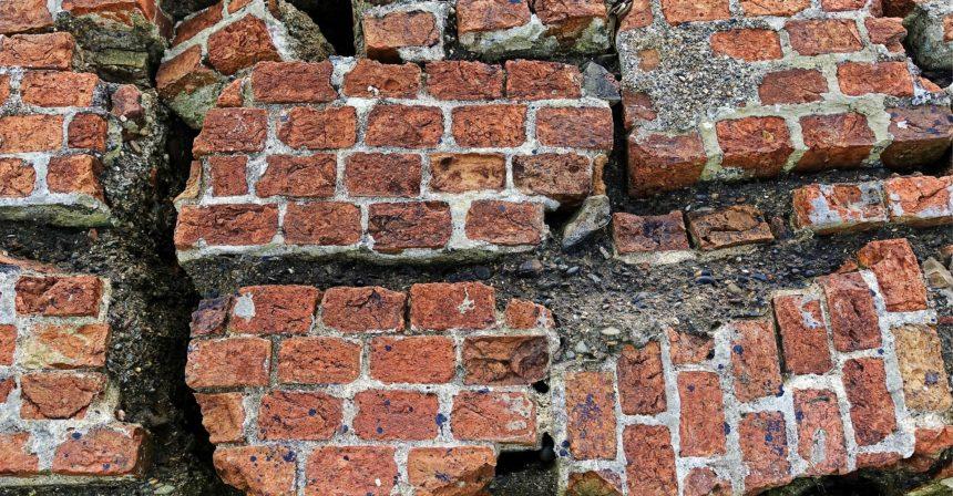 Buying a Property: Decennial Liability Insurance Mandatory by Law