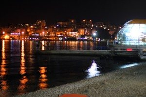 saranda at night