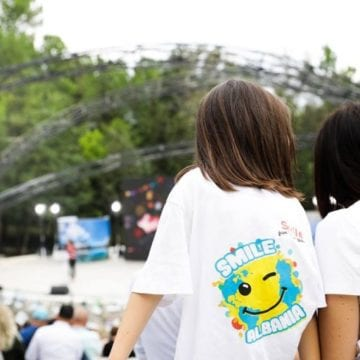 Project 'Smile Albania' Recruiting Youth To Promote Tourism