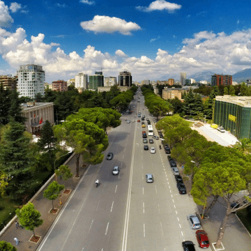 Tirana gets at least 600 tourists per day