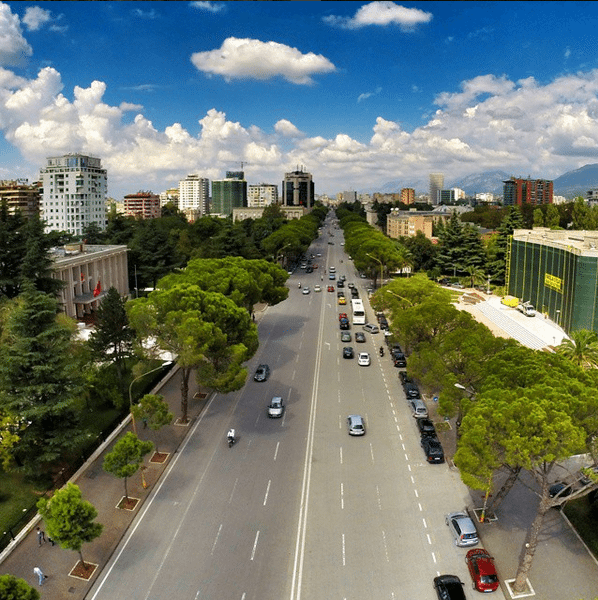 Tirana gets at least 600 tourists per day