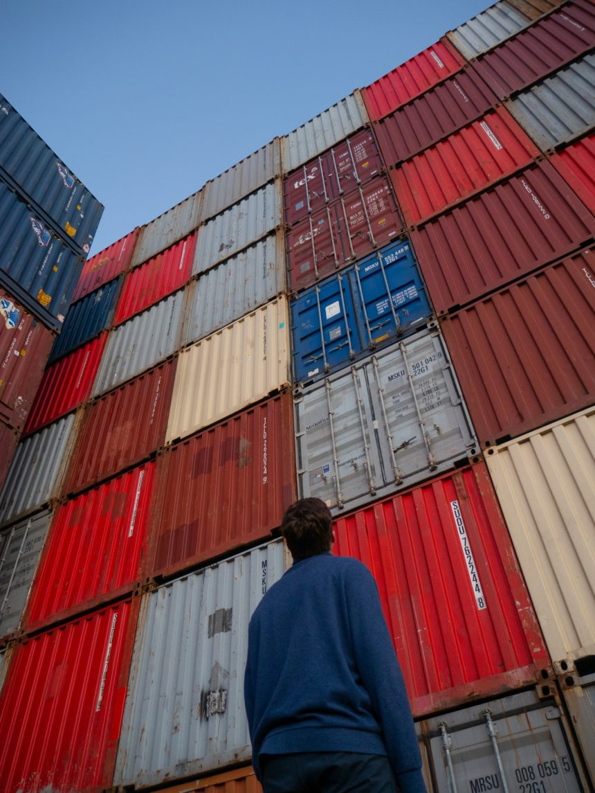 How to Get the Approved Exporter Status in Albania?